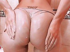 Big Boobs Big Butts Blonde Shower Teen