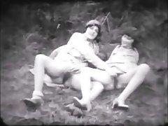 Amateur Babe Hairy Lesbian Vintage